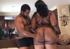 Porno video su stora juodaode mergina