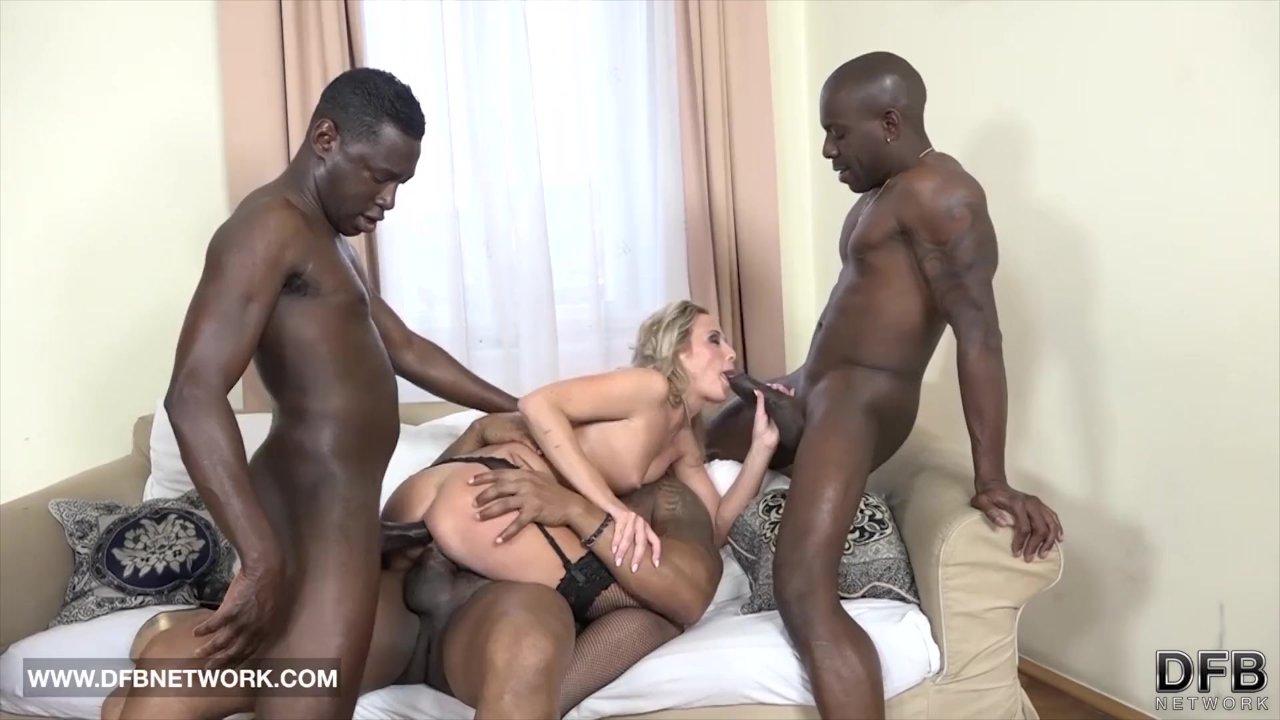 Grupinis seksas yra smagu