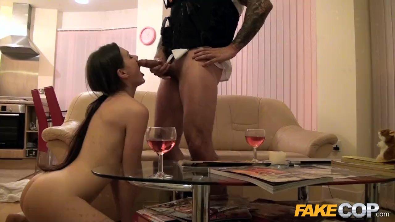 Policininkės porno su kaliniu