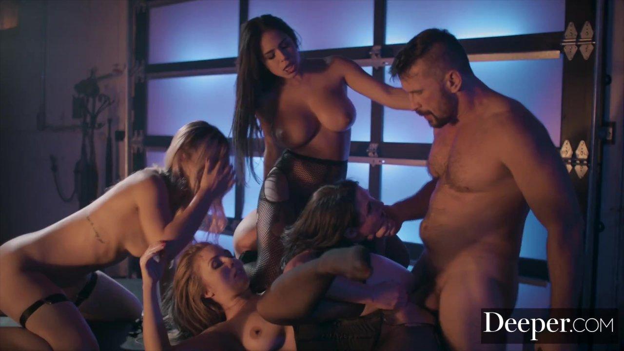 Grupinio sekso orgija amerikoje