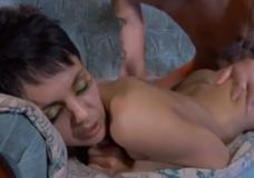Rusaitė kekšė analinis porno