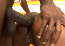 Negras privaro spermos į užpakalį draugei