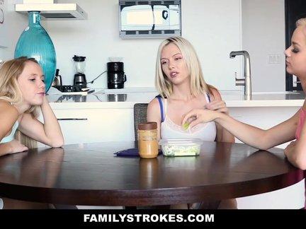 Kaimynas dulkina blondinę dukrą kol mama miega šalia lovoje ir nuleidžia spermą ant jauno veidelio